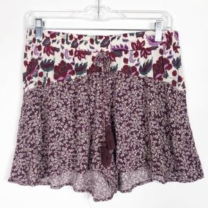 Band of Gypsies Floral Shorts - M